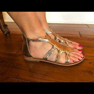 New Gold sandals size 7.5 Seychelles gladiator